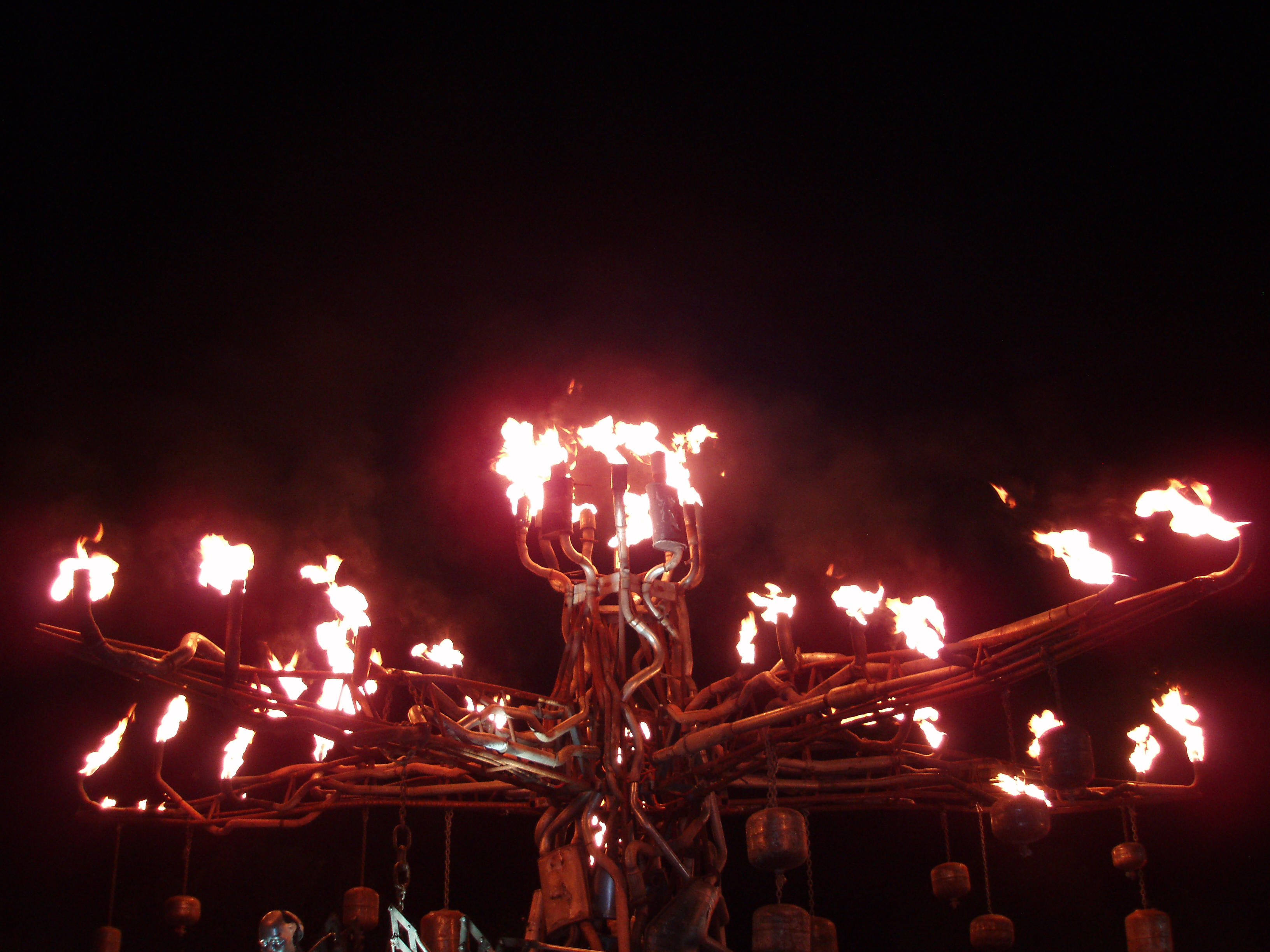 pyro flames display installation