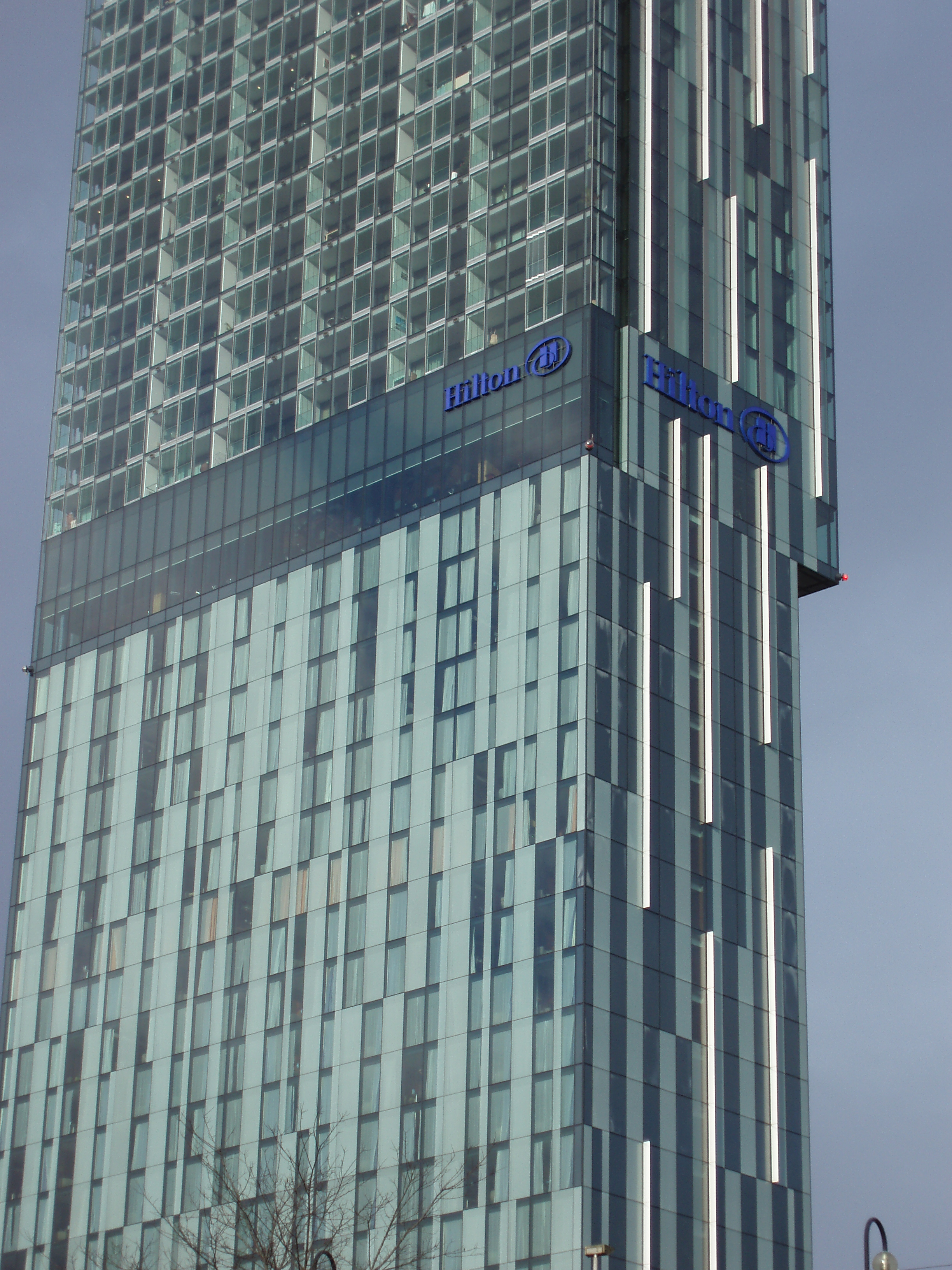 close up on the beetham tower, manchester hotel and appartments