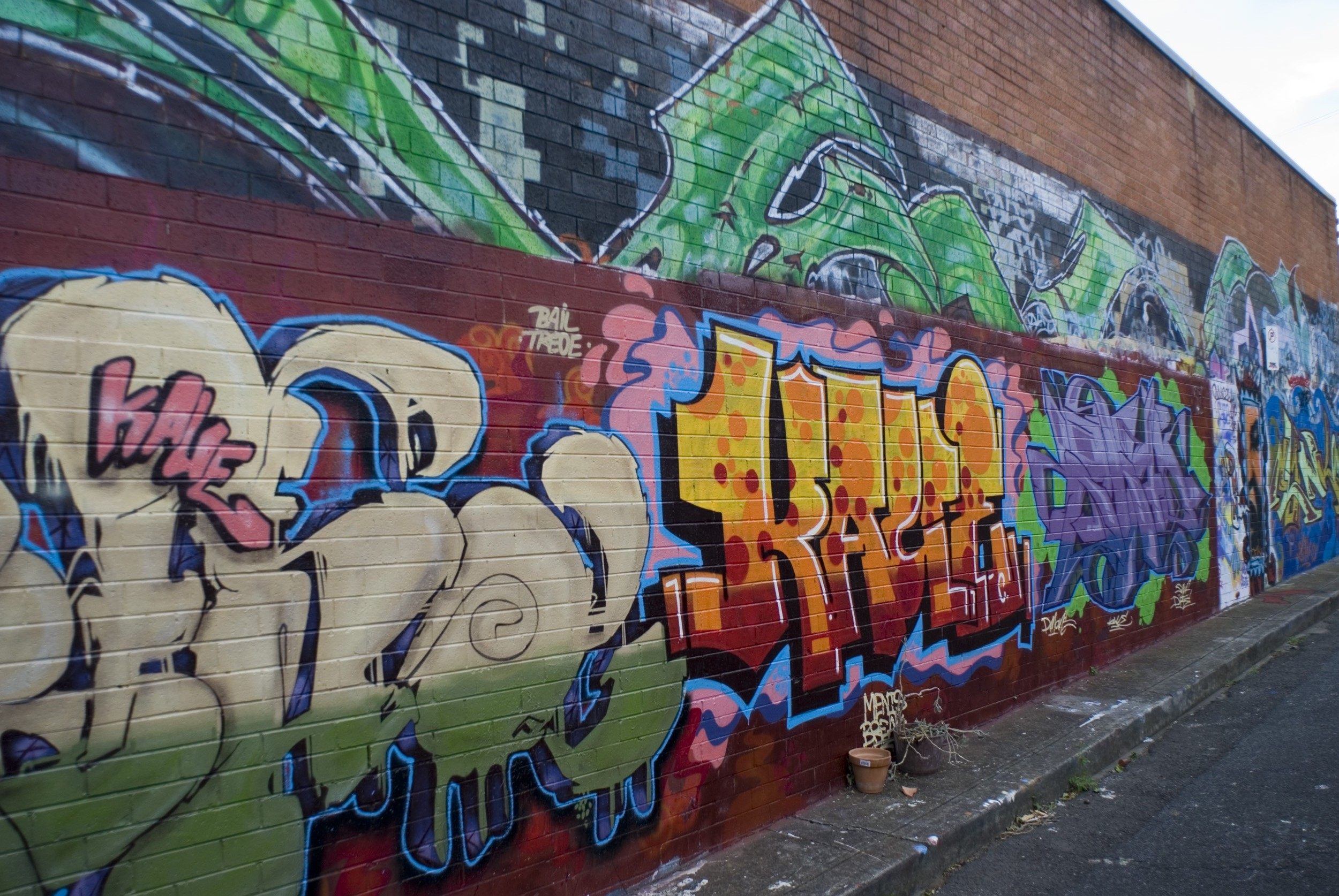 newtown street scene - the urban graffiti artwork gallery