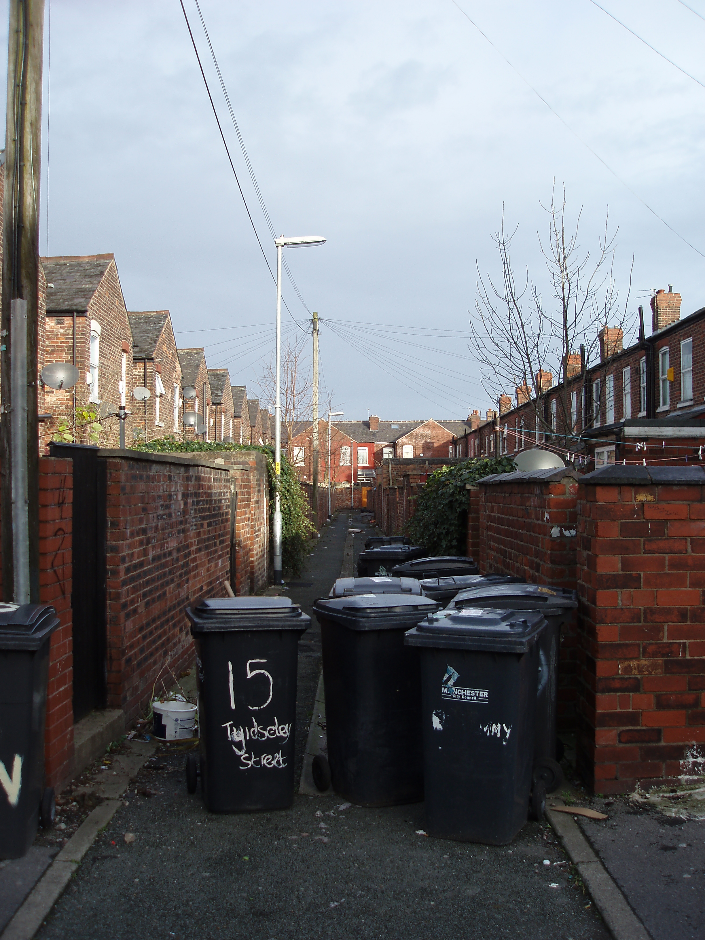 back streets in inner city manchester