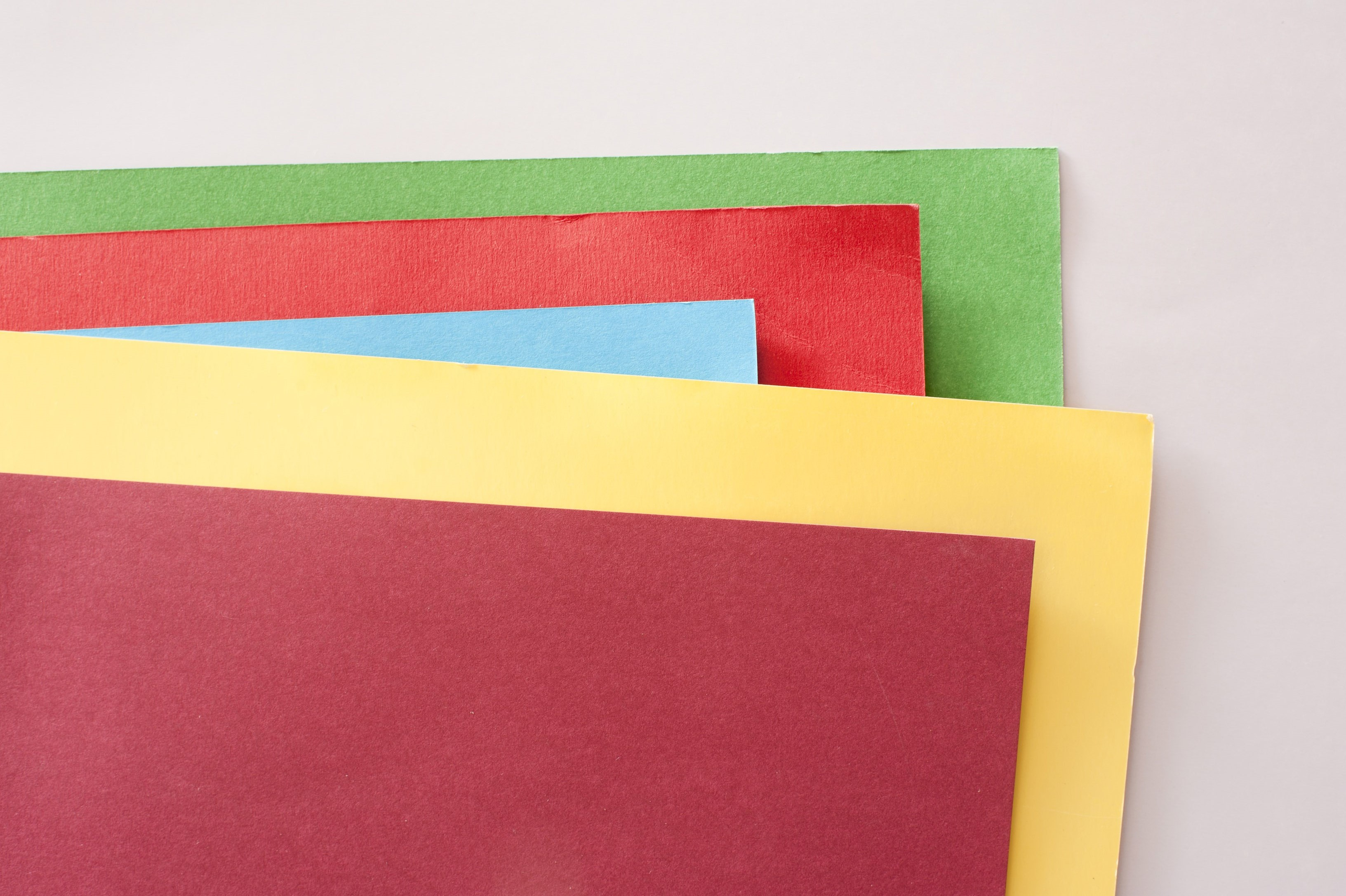 an assortment of coloured card corners