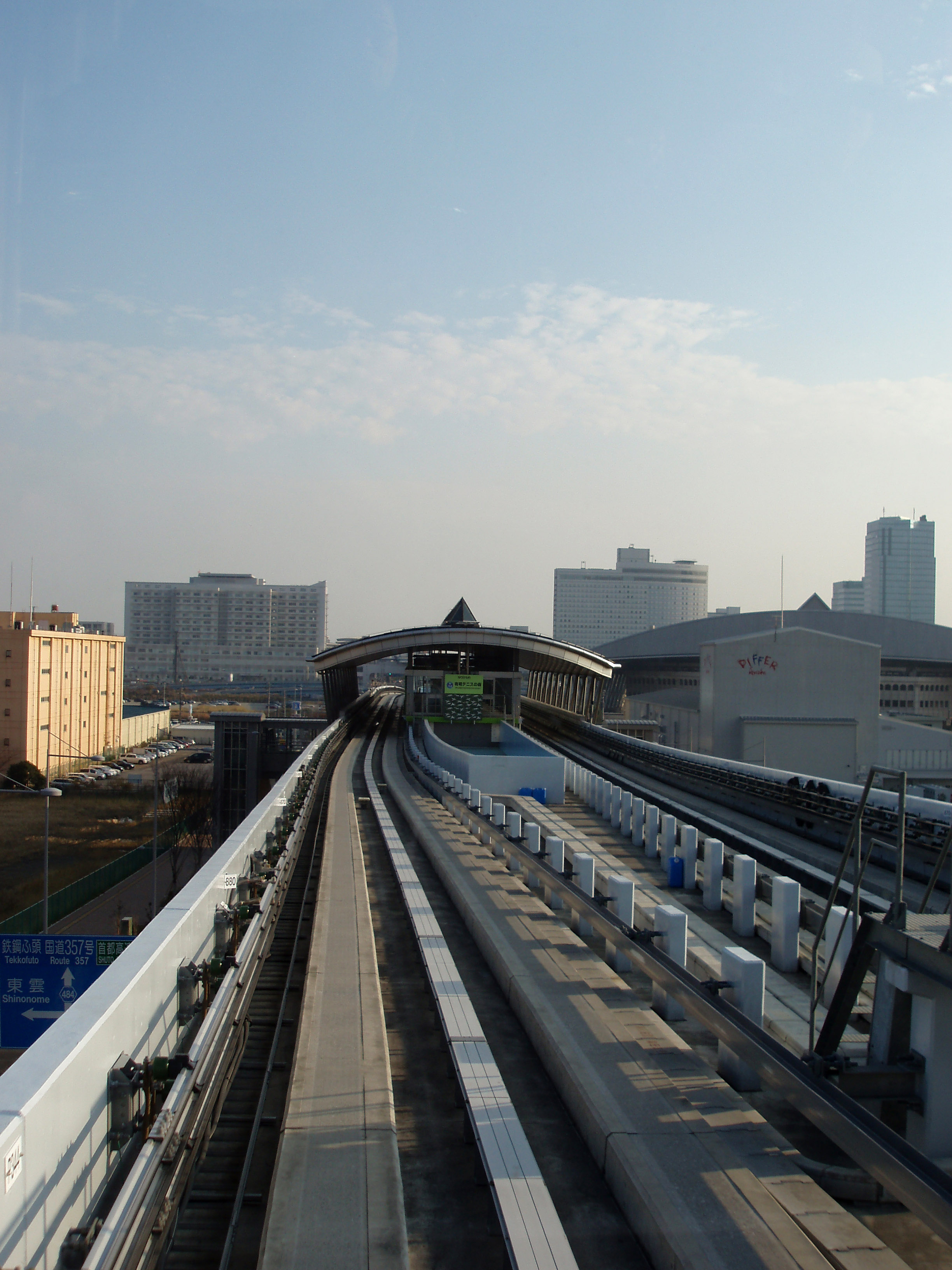 light rail and redevelopment of tokyo docklands