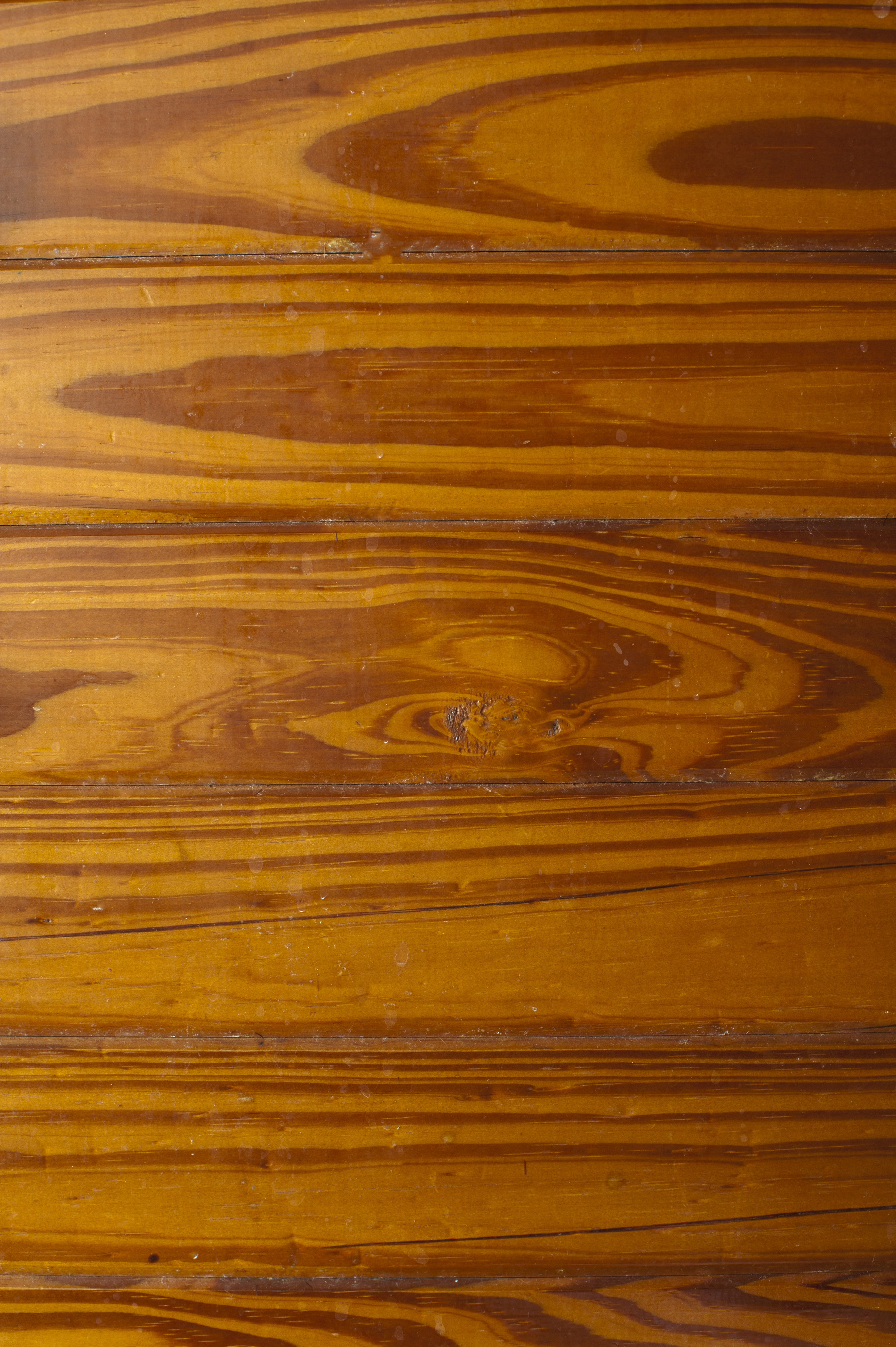 tangentially cut wood grain in some decorative wood paneling